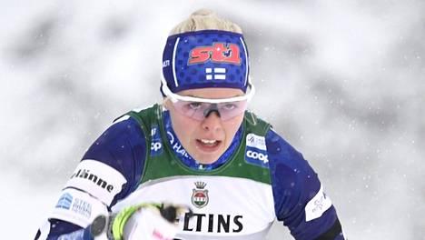 Anni Alakoski sprintin maailmancupin karsinnassa Kuusamon Rukalla marraskuussa.