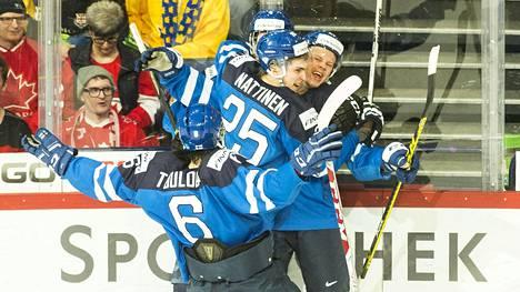Julius Nättinen kuului nuorten MM-kultaa voittaneeseen Suomen joukkueeseen tammikuussa 2016.