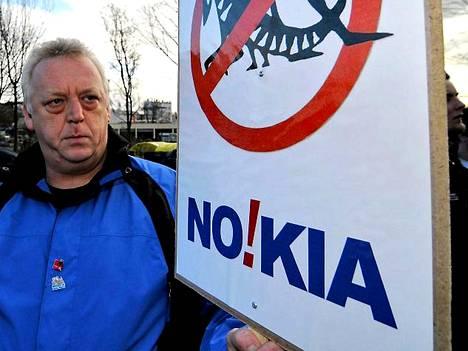 Nokian ja ammattiliittojen välistä sovintoa edelsivät lukuisat mielenosoitukset.