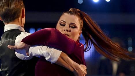 Kiti Kokkonen jäi sairastumisen vuoksi pois Tanssii tähtien kanssa -lähetyksestä.