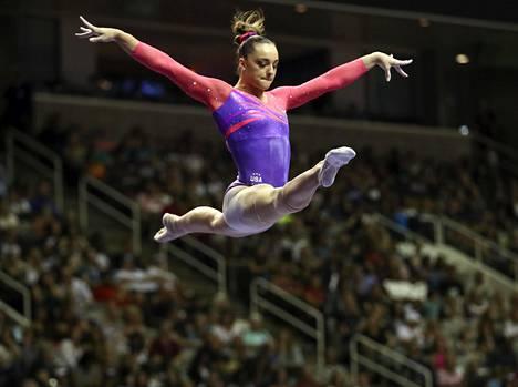 Nichols taisteli mukaan olympiakarsintoihin kesällä 2016, mutta jäi ulos joukkueesta.