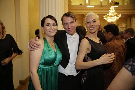 Maija Itkonen, Juha Itkonen ja Laura Lindstedt.
