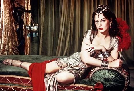 Hedy Lamarrin myöhäisiä menestysrooleja oli Cecil B. DeMillen ohjaama vuoden 1949 spektaakkelielokuva Simson ja Delila.