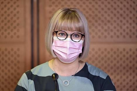 Sosiaali- ja terveysministeri Aino-Kaisa Pekonen kertoi tehneensä valinnan valtiosihteeristä täysin itsenäisesti.