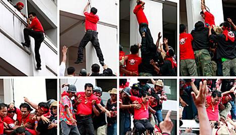Punapaitojen johtaja Arisman Pongruangrong onnistui karkaamaan köyttä pitkin.