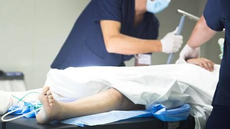 Tulehdusten akuutin hoitamisen jälkeen potilaalle voi tulla myös vakavia, pitkäaikaisia komplikaatioita.