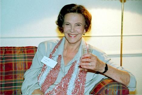 Tiina Rinne kuvattiin Kotikatu-sarjan tiedotustilaisuudessa 1995.