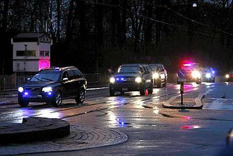 Barack Obamaa kuljettanut autosaattue ajoi läpi aamuisen Oslon matkallaan Nobel-instituuttiin.