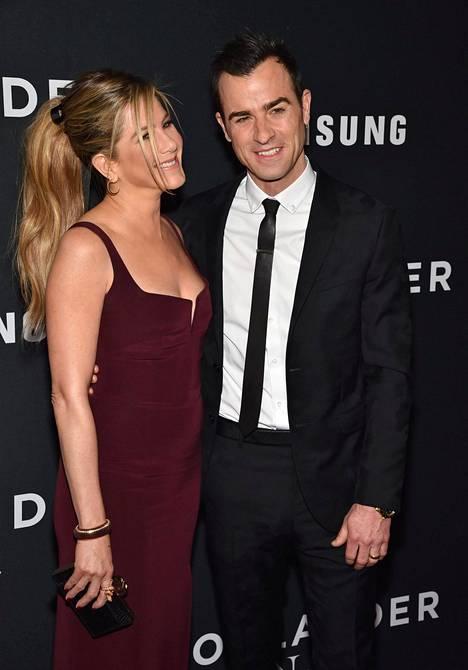 Aniston on nykyään naimisissa Justin Therouxin kanssa.