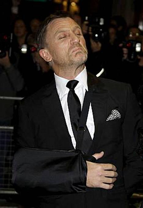 Daniel Craigin näyttelemän Bondin kuvauksissa sattui ja tapahtui.