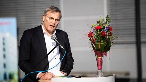 Suomen Yrittäjien toimitusjohtaja Mikael Pentikäinen pitää yritysten tilannetta yhä huolestuttavana.