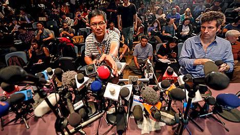 Malesian viranomaiset järjestivät tiedotustilaisuuden etsintöjen sujumisesta Kuala Lumpurin lentokentällä keskiviikkona.