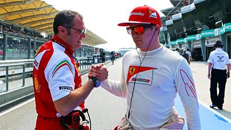 Entinen tallipomo Stefano Domenicali (vas.) saattaa palata Ferrarille.