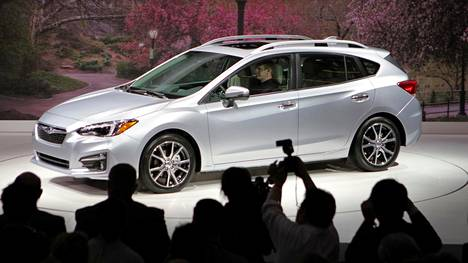 Uusi Subaru Impreza on ihan hyvän näköinen, muttei muodoiltaan yhtään niin rohkea kuin konseptiauto.