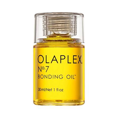 Olaplex-sarjan tuorein tulokas, no. 7 Bonding Oil -öljy sopii hennoillekin hiuksille suojaamaan ja tuomaan kiiltoa, 30,90 €.