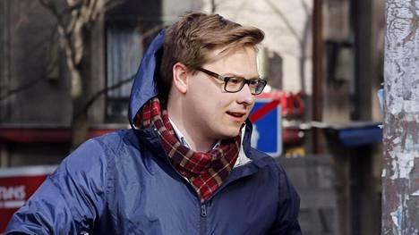 Kokoomusnuorten puheenjohtaja Daniel Sazonov.