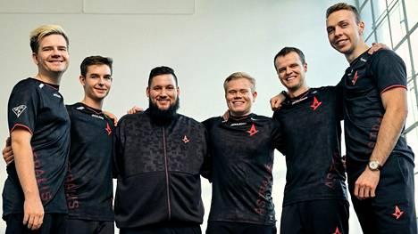 Astralis on voittanut ennätykselliset neljä major-arvoturnausta. Kaikkien aikojen CS-joukkueeksi tituleerattu tiimi taistelee väsymystä vastaan aiempaa isommalla kokoonpanolla.