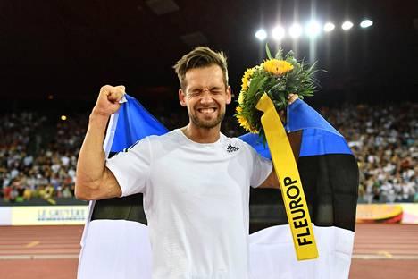 Magnus Kirt iloitsemassa Timattiliigan Zurichin osakilpailun keihäskisan voitosta 29. elokuuta. Hän Dohan MM-kisojen ykkössuosikki.
