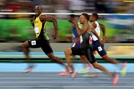 Valokuvaaja Cameron Spencerin kuva Usain Boltista on viihdyttänyt ihmisiä sosiaalisessa mediassa.