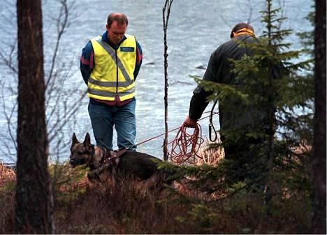 Sture Bergwallin tunnustamia henkirikoksia selviteltiin paitsi Ruotsissa, myös Suomessa ja Norjassa. Tunnustukset todettiin järjestään vääriksi.