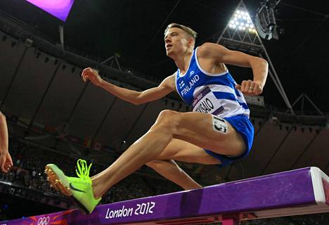 Hienon kestävyysjuoksu-uran tehnyt Jukka Keskisalo ei yllättänyt Therese Johaugin huippuvauhdista. Kuvassa Keskisalo vuoden 2012 olympialaisissa.