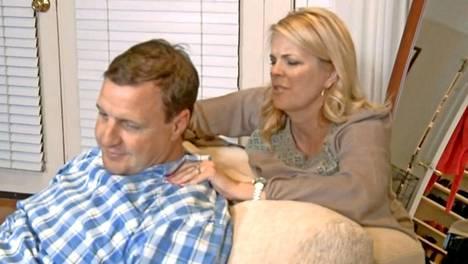 Tara Furman tottelee aviomiestään kaikessa, niskahieronnoista aviovuoteeseen. –Kun hän on onnellinen, minäkin olen, Tara sanoo.