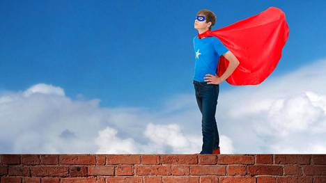 Supersankarileikit antavat lapselle rohkeutta.