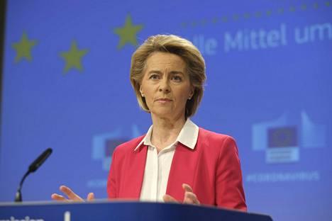 Ferrari kehui yhteistyötään EU-komission puheenjohtajan Ursula von der Leyenin kanssa.