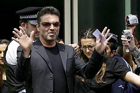 George Michael kertoo olevansa tyytyväinen siitä, että voi sovittaa rikkomuksensa.