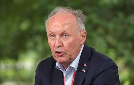 Kansanedustaja Aki Lindén (sd) johtaa monialaisia maakuntia pohtivaa parlamentaarista työryhmää.