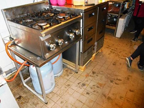 Keittiö oli ehtinyt likaantua ja sotkeentua, vaikka ravintola oli tarkastushetkellä toiminut vasta viisi päivää.