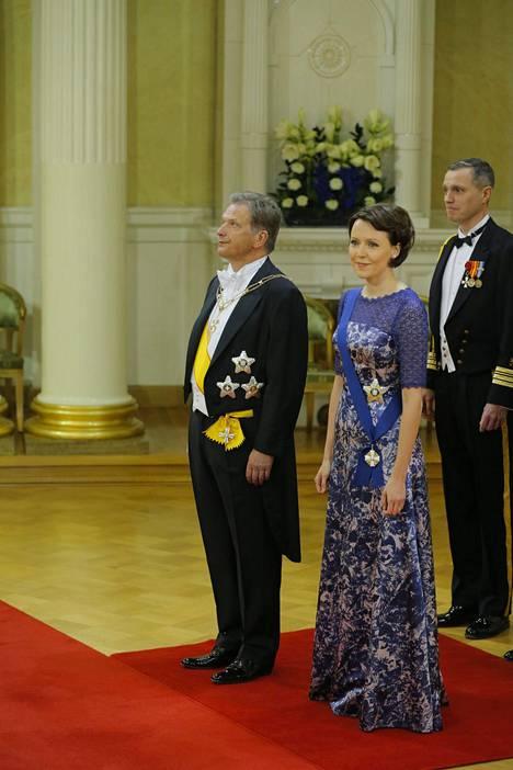 Rouva Jenni Haukio emännöi Linnan juhlia ensimmäisen kerra vuonna 2012.
