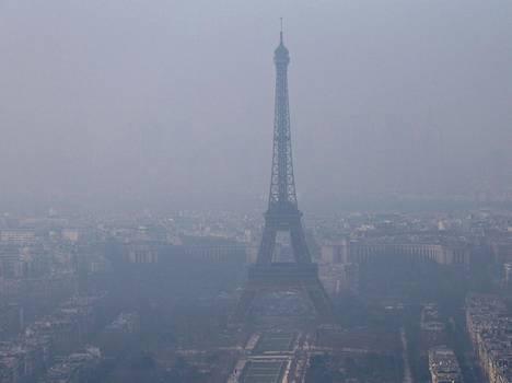 Pariisissa on valitettu dieselautojen aiheuttamasta savusumusta jo ennen Volkswagen-kohua.