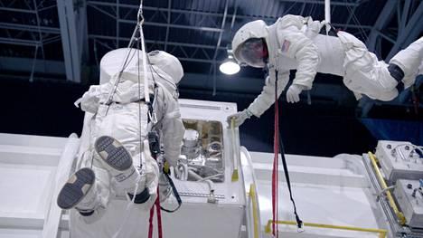 Nuorten koulutuspaikkana on Alabaman Huntsvillessä sijaitseva Yhdysvaltain raketti- ja avaruuskeskus.