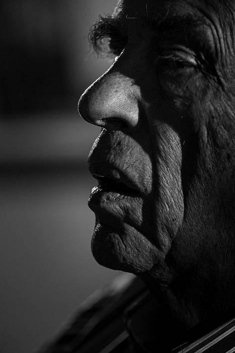 Kirjailija, elokuvaohjaaja ja poliitikko Jörn Donner menehtyi 30.1. ydinperheensä läsnäollessa.