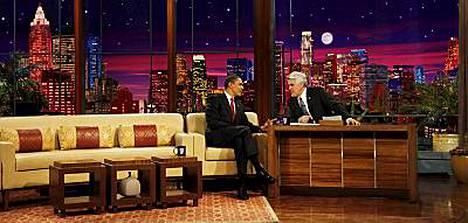 Barack Obama oli Jay Lenon vieraana talkshowssa. Nyt Obama halutaan myös Simpsoneihin.