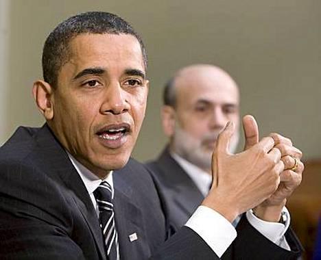 Presidentti Barack Obama kertoi perjantaina näkevänsä toivonpilkahduksia Yhdysvaltain taloudessa.