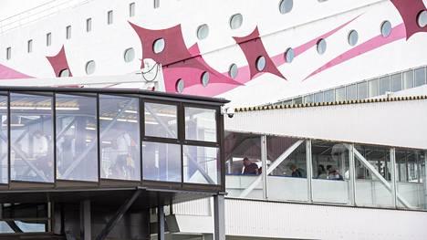 Tallink Siljan Galaxy saapui terminaaliin heinäkuussa 2020.