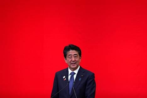 Shinzo Abelle tulee keskiviikkona täyteen 2887 päivää Japanin hallituksen johdossa,