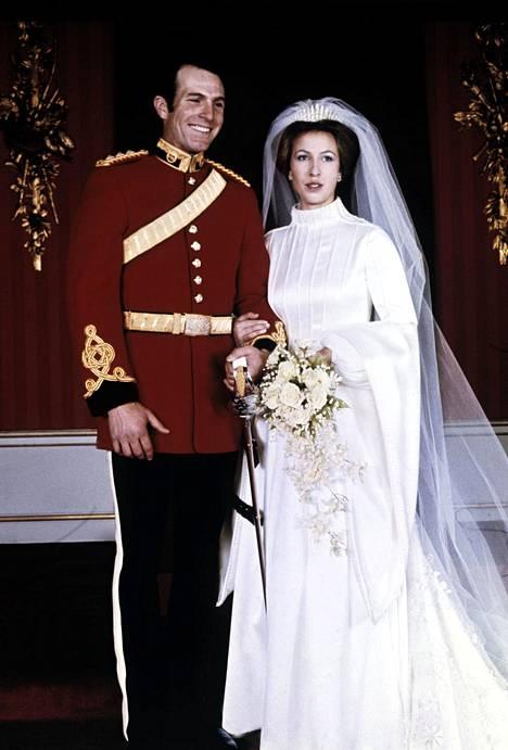 Prinsessa Annen ja Mark Phillipsin häät olivat todellinen seurapiiritapahtuma vuonna 1973.