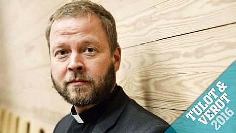 Teemu Laajasalo aloitti Helsingin piispan viran hoitamisen marraskuun ensimmäisenä päivänä.
