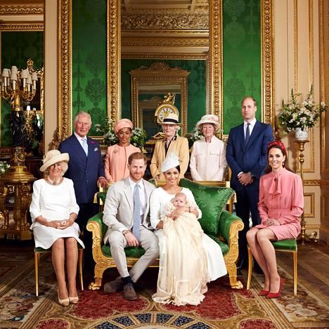 Britanniassa on surkuteltu sitä, ettei Archie ole päässyt viettämään aikaa prinssi Harryn perheen kanssa juuri lainkaan.