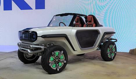 Suzuki e-Survivor panostaa yhtiön pitkään historiaan maasturien valmistajana. Pienoiskokoista Jeepiä muistuttavasa e-Survivorissa on suuri maavara ja sähkömoottori jokaisessa pyörässä.