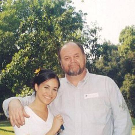 Nuori Meghan isänsä kanssa.