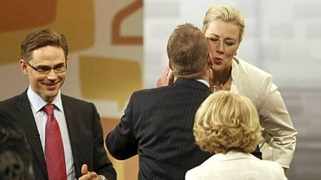 Tunnelmia Ylen vaalitentistä torstai-illalta.