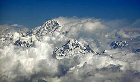 Mount Everestin huipulta ei ole aiemmin soitettu matkapuhelimella.