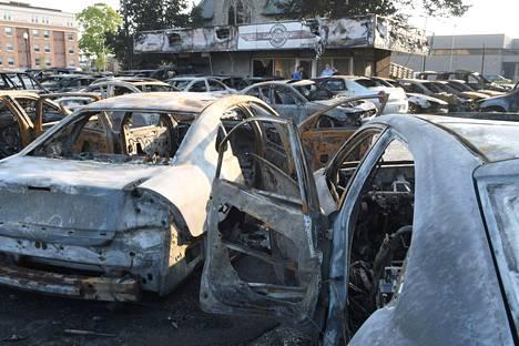 Poltettuja autoja Kenoshassa.