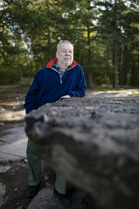 –Elämä jatkui. Enemmän tosin kuuntelen laivoilla ääniä, Estonialta selviytynyt Petter Ehrnsten sanoo nyt.