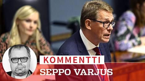 Matti Vanhasen tuleviin toimiin valtiovarainministerinä kohdistuu aivan ristiriitaisia odotuksia.