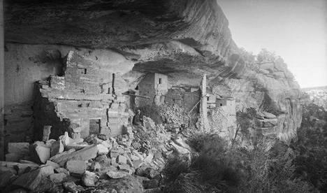 Suomen kansallismuseon etnografisiin kokoelmiin kuuluvan kokoelman on kerännyt ruotsalainen geologi Gustaf Nordenkiöld, joka sai keväällä 1891 kuulla Yhdysvalloissa, Denverin Coloradossa Mesa Verde -pöytävuoren kanjonissa sijaitsevista raunioasumuksista.
